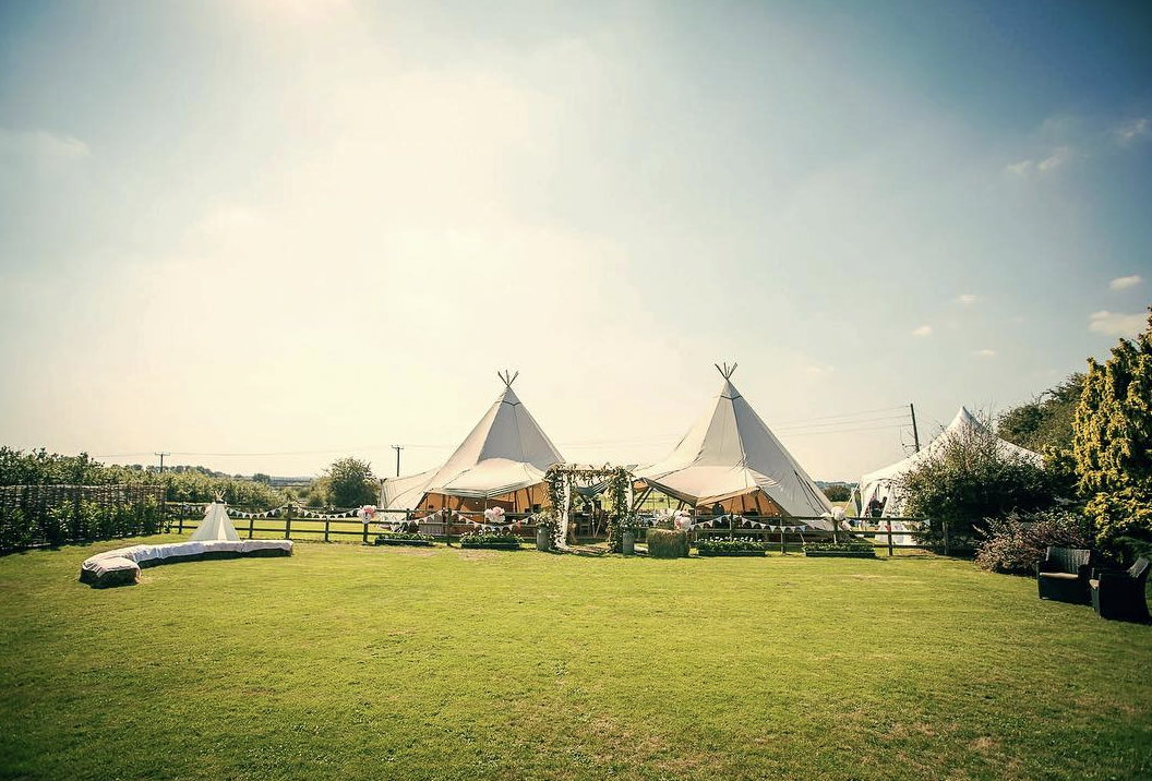 Two Tipis and a Cirrus