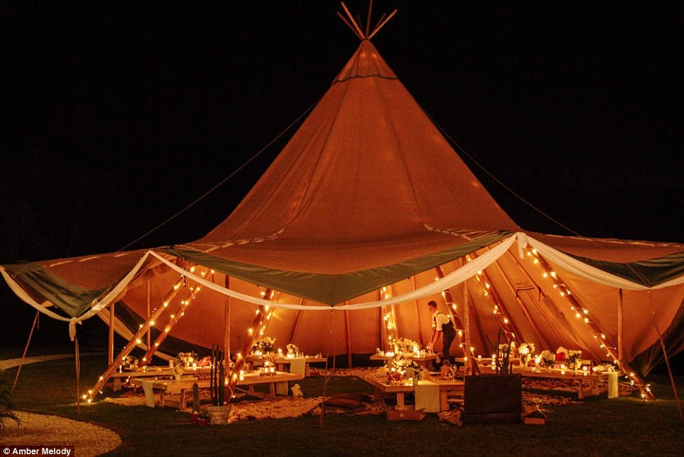 Love Tipis lighting