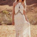 Love.Tipis.Wedding.Dress.Inspo5