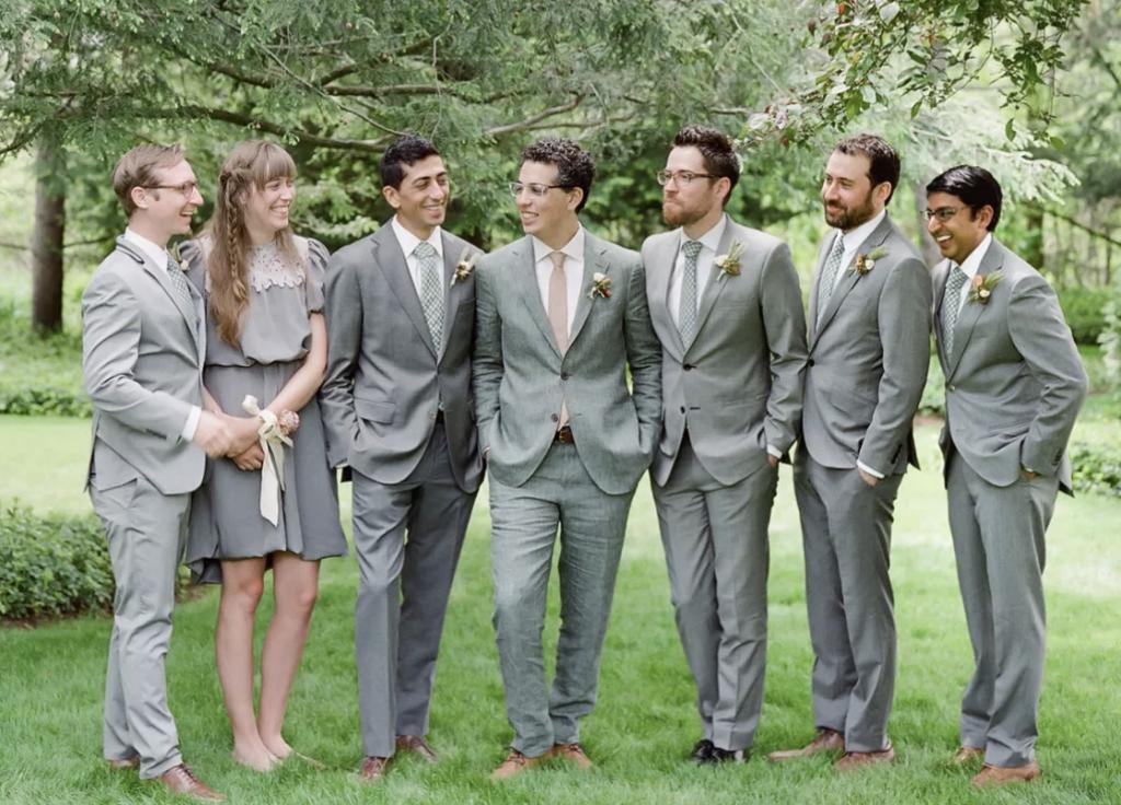 bridesmen