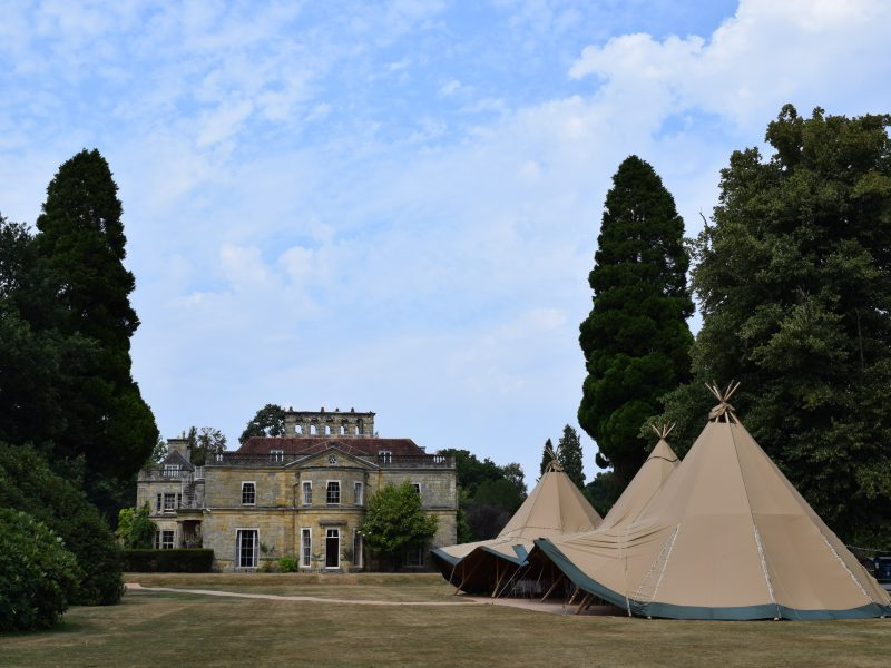 Love Tipis - Tan Tipis - stately home