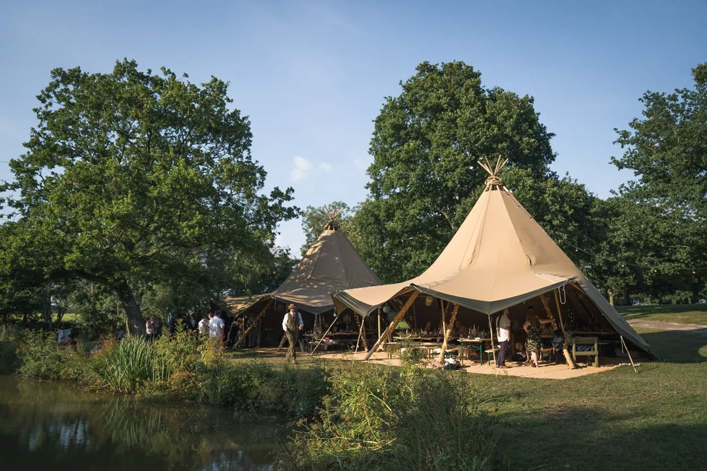 Tipi hire - Tipis by lake
